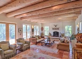 Custom Taos Home On 11 Acres With Outdoor Fire Pit! photos Exterior