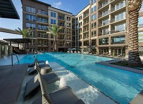Corporate Stays At Near American Airline Center Dallas/Parking photos Exterior