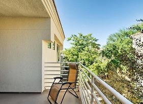 Sleek Scottsdale Condo W/Balcony+Resort Amenities! photos Exterior