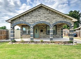 Oklahoma City House With Yard - 10 Mins To Downtown! photos Exterior