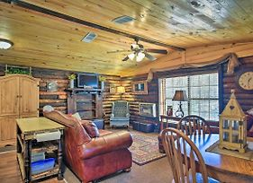 Murfreesboro Cabin With Fire Pit-By Lake Greeson photos Exterior