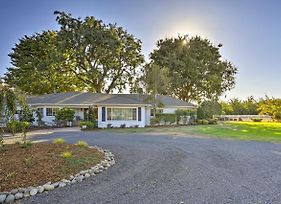 Charming Chico Ranch Home On 2.5 Acres W/Courtyard photos Exterior
