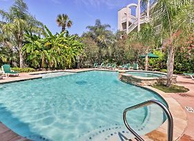Bright Oceanview Galveston Condo With Balcony And Pool photos Exterior