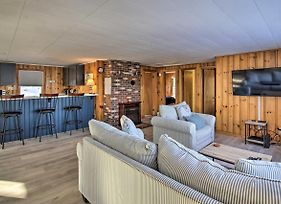 Renovated Lakehouse With Kayaks And Beach Access! photos Exterior