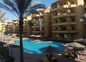 2 Bedrooms Apartment At Hurghada With Pool View photos Exterior