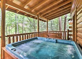 Romantic Pigeon Forge Log Cabin With Hot Tub! photos Exterior