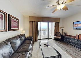 New Listing! Lovely Riverfront Condo W/ Balcony Condo photos Exterior