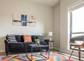 Convenient And Lively 1Br Apt In Capitol View S photos Exterior