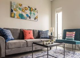 Lovely And Bright Studio Apt In Capitol View South photos Exterior