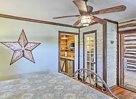 'Gruene Cabin' - Pet Friendly New Braunfels Studio photos Exterior