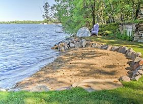Waterfront Crosslake House With Private Dock And Beach photos Exterior