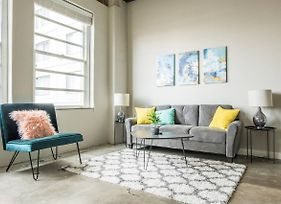 Trendy And Stylish 1Br Apt In Downtown photos Exterior