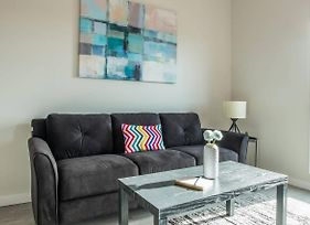 Simple And Walkable Studio Apt In Capitol View South photos Exterior