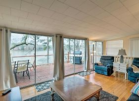 Riverfront Retreat W/Game Room & Boat Parking photos Exterior