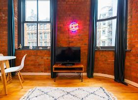 Characterful 2 Bedroom Apartment In Manchester photos Exterior