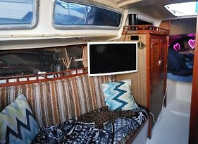 Small Private Yacht - Mission Bay Luxury Marina Pb photos Exterior