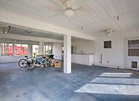 Oceanside Sanctuary With Bikes, Steps To Beach! photos Exterior