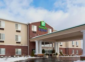 Holiday Inn Express Hotel & Suites Ashtabula-Geneva photos Exterior