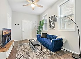 Walk Around The Trendy Logan Sq From A Stylish 2Br Kl1 photos Exterior