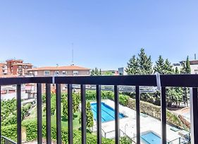 Apartment With Pool 4 Pax Barajas Area photos Exterior