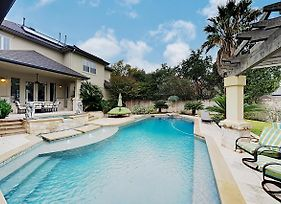 West Lake Wonder W/ Private Pool & Outdoor Kitchen Home photos Exterior