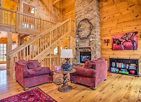 Luxury Cabin With Deck Less Than 5 Miles To Sapphire Valley! photos Exterior