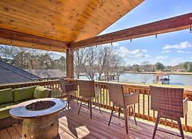 Pet-Friendly Cedar Creek Lake Retreat W/ Dock photos Exterior