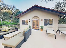 New Listing! Tuscan-Style Villa W/ Pool & Hot Tub Home photos Exterior
