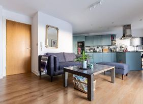 Immaculate Fantastic Central Manchester Apartment For 4 With Large Open Space Overlooking Manchester photos Exterior