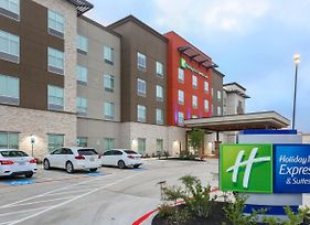 Holiday Inn Express & Suites Houston Se - Airport Area photos Exterior