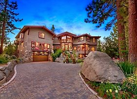 Luxury Lake Tahoe Lodge W Interior Private Pool And Hot Tub Lx25 photos Exterior