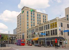 Holiday Inn Express & Suites Pittsburgh North Shore photos Exterior