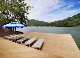 Lake Lure Waterfront At Rumbling Bald With Docks, Views And Use Home photos Exterior