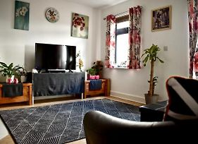 Delightful 1 Bedroom Central Dublin Apartment photos Exterior
