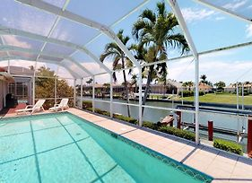 Desirable Southern Exposure At Waterfront Home, Close To Beach! photos Exterior