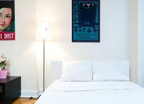 Amazing Times Square 1 Bedroom Holiday Flat photos Exterior