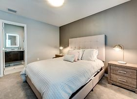 Enjoy Orlando With Us - Le Reve - Feature Packed Contemporary 4 Beds 3.5 Baths Townhome - 6 Miles To Disney photos Exterior