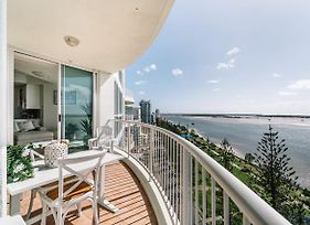 Oceanfront 3 Bedroom Apartment On Broadwater photos Exterior