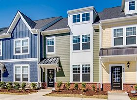 Rooftop Terrace Townhouse - Downtown Wake Forest photos Exterior