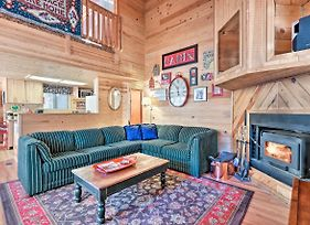 Cozy Cabin With Fireplace, Covered Deck And Gas Grill! photos Exterior