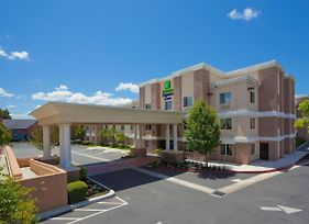 Holiday Inn Express Hotel & Suites Livermore photos Exterior
