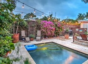 Tropical Lake Worth House With Heated Pool! photos Exterior