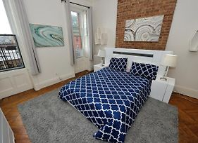 Classic 1 Bedroom Stunner In Hoboken photos Exterior