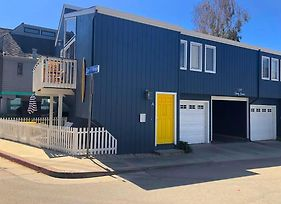 Colorful Capitola Village Cottage photos Exterior