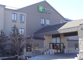Holiday Inn Express Kansas City-Bonner Springs photos Exterior