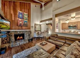 Beautiful Villas Condo Just Outside Tahoe City! photos Exterior