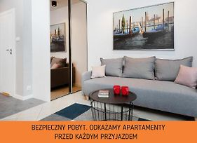 Studio Warsaw Old Town By Renters photos Exterior