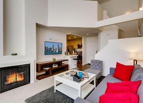 H2 -New Gorgeous Downtown San Diego 1 Bedroom + Upstairs Bedroom Loft! photos Exterior