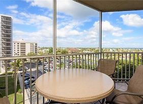 Gullwing 602 Sleeps 8 3 Bedrooms Gulf Front Elevator Heated Pool photos Exterior