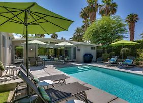 Iconic Palm Springs Style photos Exterior